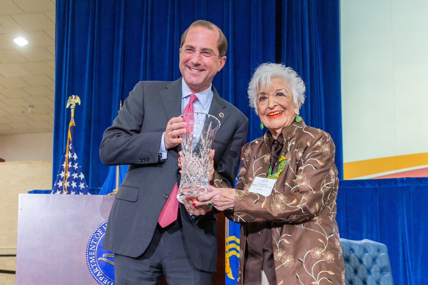 Sec. Azar presents award to Dr. Margaret Giannini